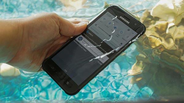 Samsung Galaxy S8 Active Screenshot